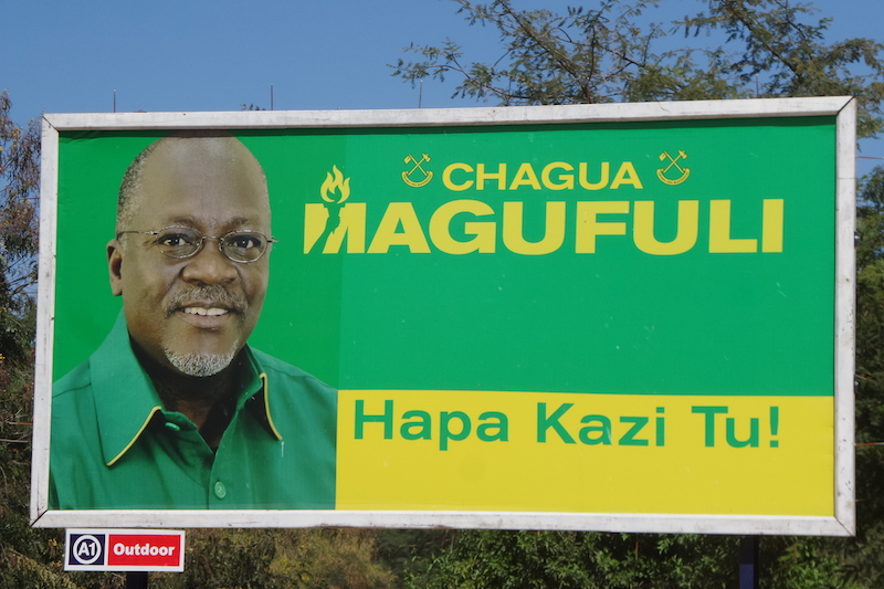 Verkiezingsbord Magufuli