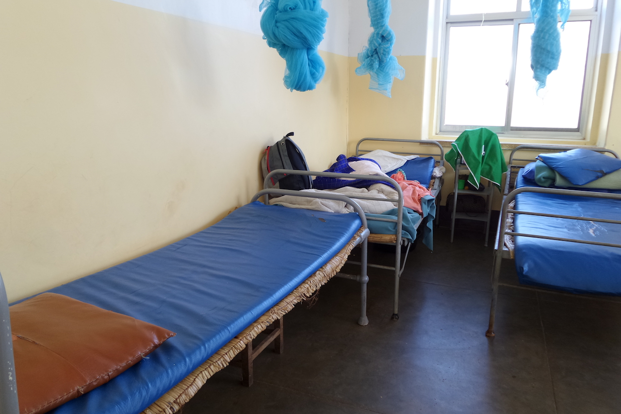 Oude ziekenhuisbedden juni 2016