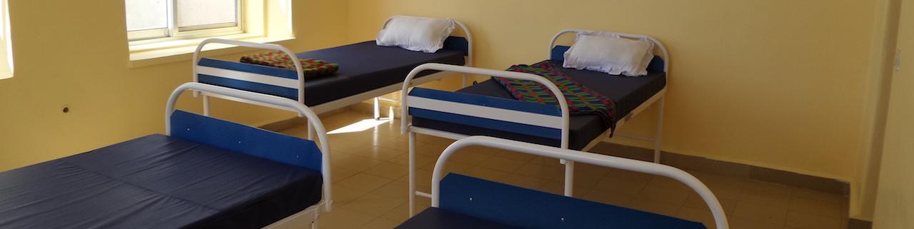 Ziekenhuisbedden geinstalleerd